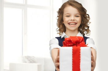 5 tips to keep your pearly whites holiday healthy